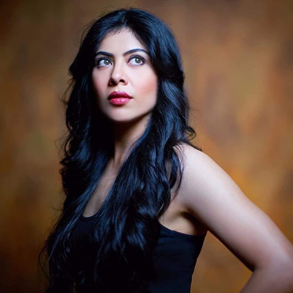 Anurita Jha as Kavita